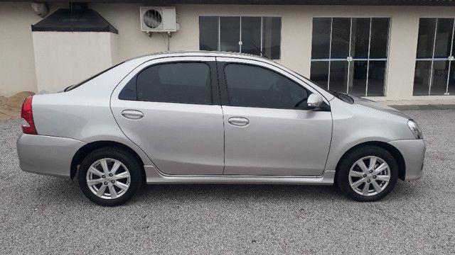 Toyota Etios Sedan XLS automático - Foto 4