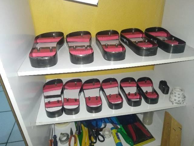 Vendo fábrica de chinelos completa - Foto 3