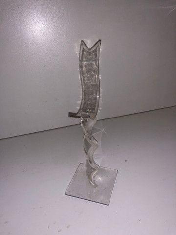 Expositor de calçados em acrílico (25cm) (40 un) - Foto 2