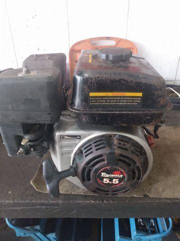 Vendo motor TOYAMA 5.5