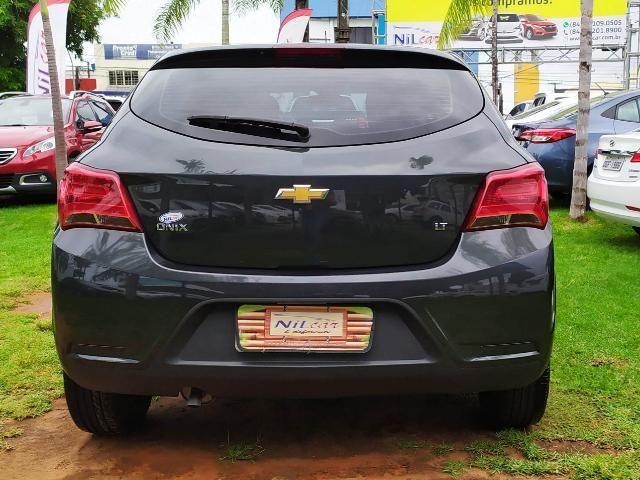 Chevrolet ONIX HATCH LT 1.0 12V Flex 5p Mec. - Foto 5