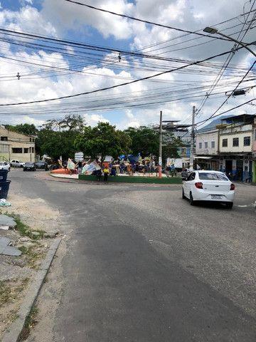 Boa Casa Linear de Vila, 2 qts, rua Manoel Reis, Praça do Exército, Nilópolis - Foto 13