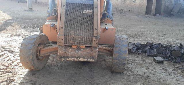 Retroescavadeira CASE 580M 4x2 2012 - Foto 3