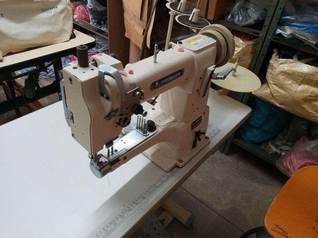 Maquina costura modelo 335 transporte triplo - Foto 2