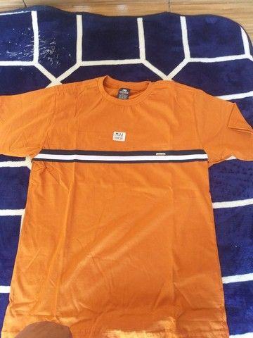 Bermudas e camisas masculinas - Foto 6