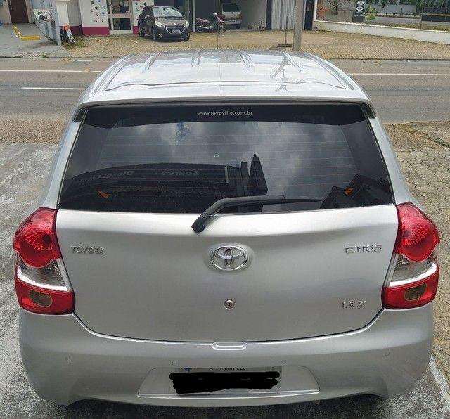 VENDO ou TROCO, Toyota Etios 1.3X 2016 completo - Foto 4