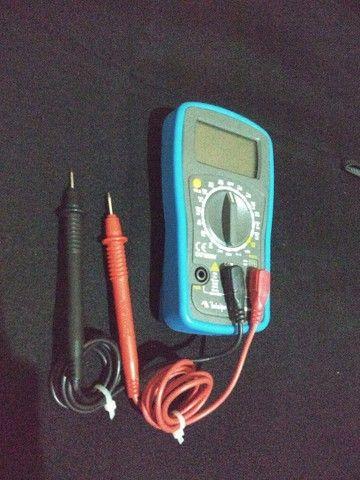 Alicates Amperímetro Multímetro Digital clamp - Foto 4
