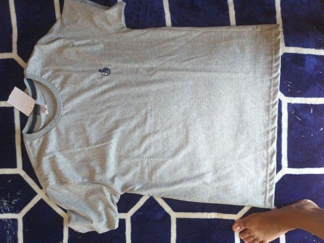 Bermudas e camisas masculinas - Foto 2