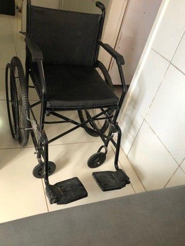Vende-se Cadeira de Rodas - Foto 5