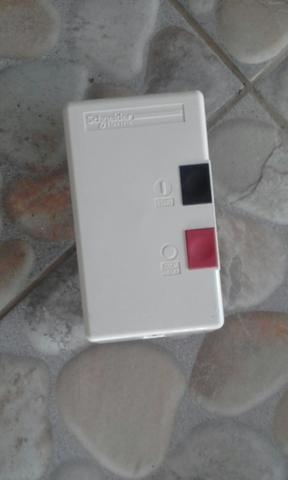 Chave de distribuição elétrica SCHNEIDER nova