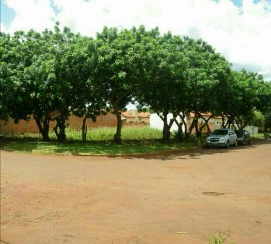 Vendo terreno de esquina otima localização jardim florida 490 m2