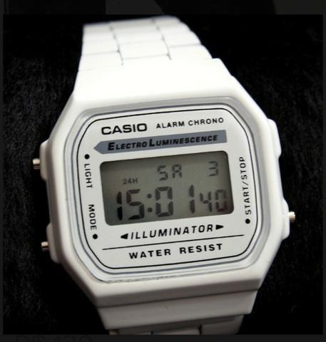 28bdbefdf8a Belíssimo Relógio Cassio Digital Unissex Vintage modelo A168