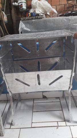 Churrasqueira grande fechada de alumínio - Foto 3