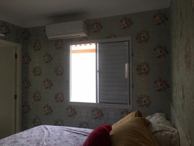 Casa térrea com moveis planejados, piso porcelanato, ar condicionado! - Foto 9