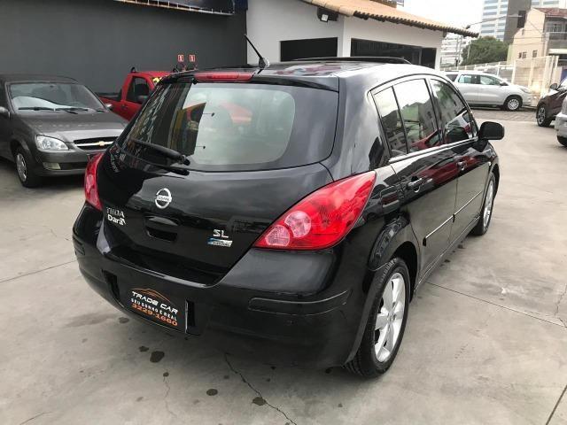 Nissan Tiida 1.8 Mec. SL Teto Solar 2010/2011 Impecável - Foto 3
