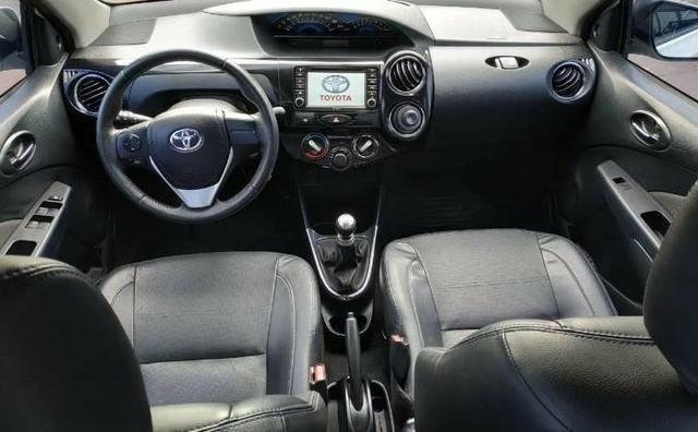 O carro com 99% dos clientes satisfeito. Etios Platinum Sedan 1.5 Flex 2014-/2015 - Foto 11