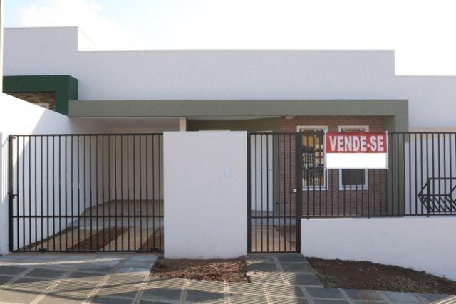 Casa com 2 dormitórios, porém com opção para 3 dorms, averbada e nova no Santa Candida - Foto 4