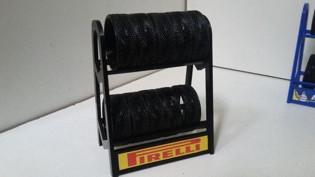 Miniatura Rack com pneus escala 1:18 - Foto 3