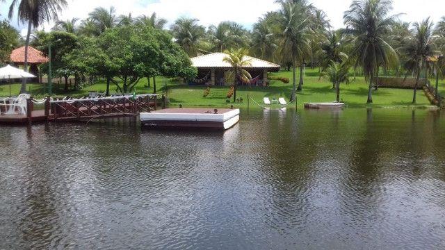 Casa na Lagoa do Uruaú, 17.500m² de área total, condomínio fechado, piscina - Foto 4
