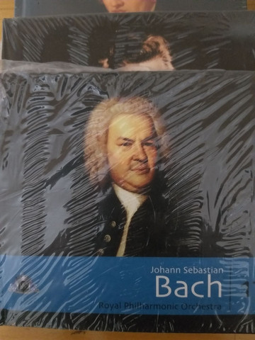 Coleção 35 Cds Músicas clássicas- intactos - Foto 3