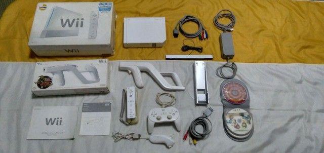 Nintendo Wii completo com arma e jogos originais