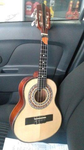 Cavaco Emerson luthier de Cedro especia $1300,00l