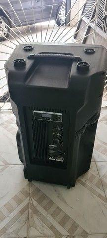 """Caixa acústica ativa 18"""" 600W RMS - Foto 2"""