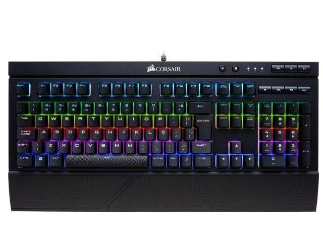 teclado gamer com fio corsair (40700-4) k68 retroiluminacao rgb red - Foto 3