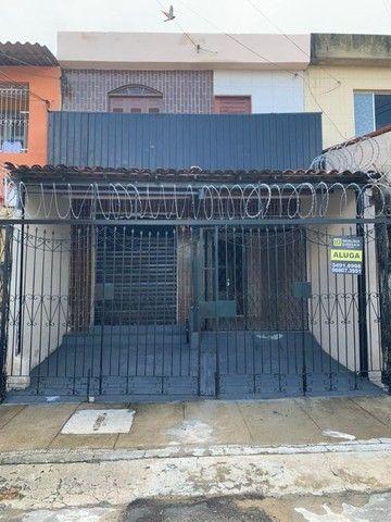 Casa dupléx no Montese com ponto Comercial  1500,00