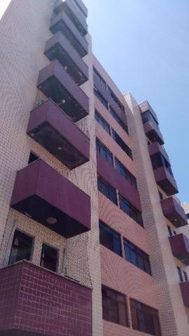 Apartamento, Bairro Lagoa Nova em Natal(RN), 03 quartos(01 suite), 02 banheiros