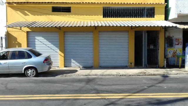 Alugo. ótimo ponto comercial na Av: Santo Antônio, Bairro: Santo Antônio, Vitória