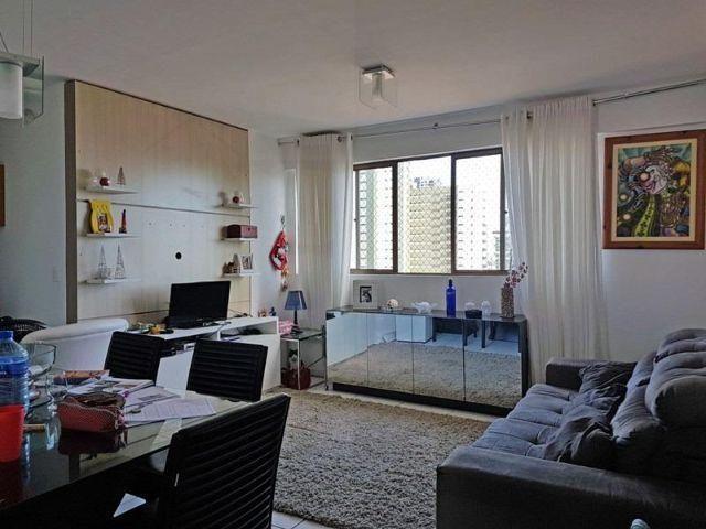 Apartamento de 2/4 com suíte na encruzilhada