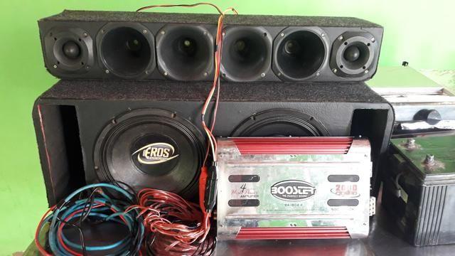 Vendo caixa de som completo todas fiação e a bateria módulo
