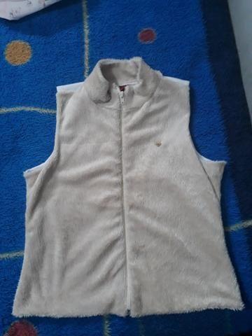 Vende-se roupas infantis