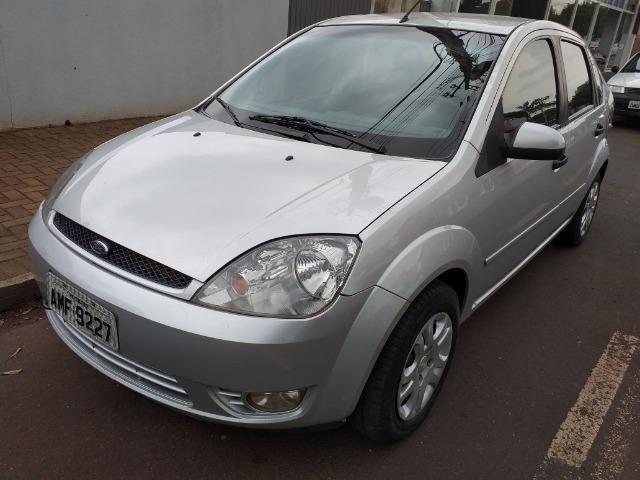 Fiesta sedan 1.6 flex - Foto 2