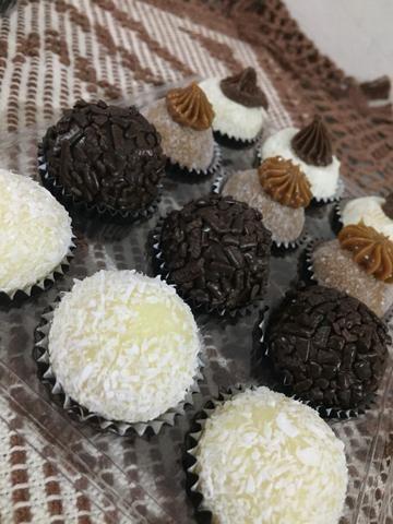 Vendo brigadeiros salgados e bolo de aniversário faça sua encomenda hoje mesmo - Foto 4
