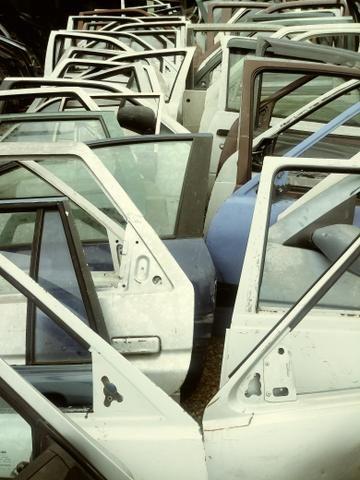 Portas Usadas para varias marca de carros - Foto 2