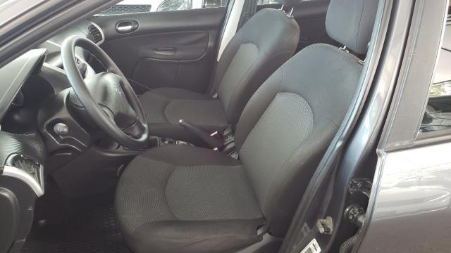 Peugeot 207 Sedan Xr 1.4 Flex 4P - Foto 10