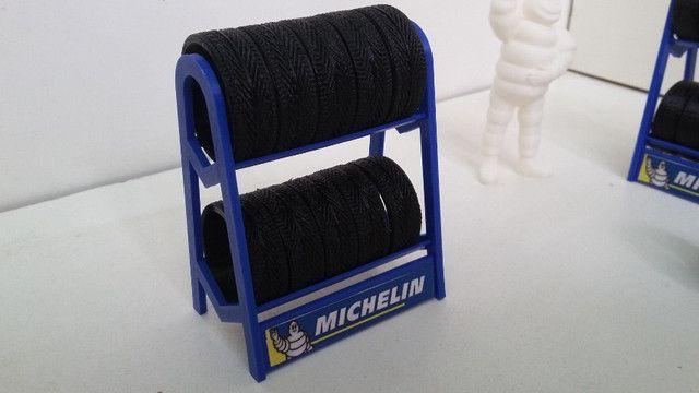 Miniatura Rack com pneus escala 1:18 - Foto 4