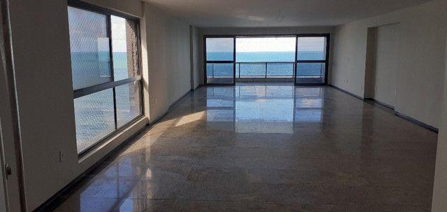 AL98 Apartamento 4 Suítes e Varandas, Varandão, 6 Wc, 3 Vagas, 405m², Beira Mar Boa Viagem - Foto 2