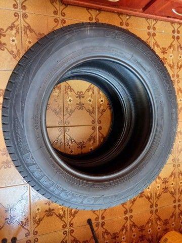 PAR DE PNEUS  YOKOHAMA 225X65X17 PARA SUV - Foto 4
