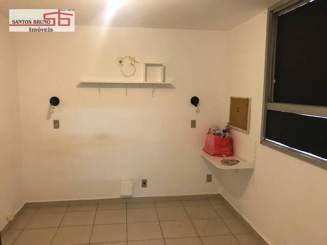 Cobertura 300 m² 4 dorm, sendo 1 empregada, 1 suíte, 3 salas, cozinha e 2 vagas para aluga - Foto 19