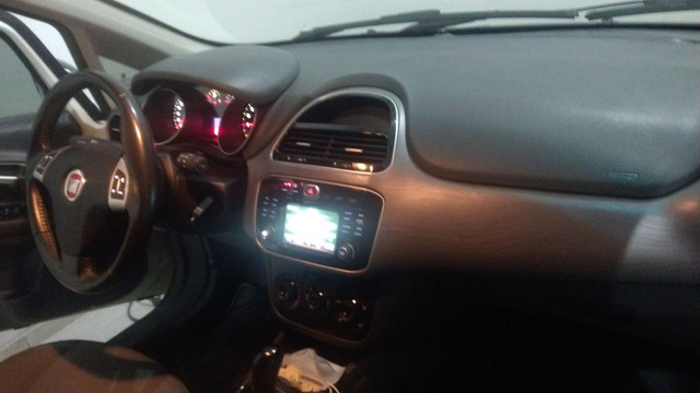 Fiat Punto essenc automático. - Foto 14
