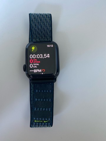 Apple Watch 5 Titanium