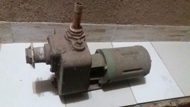 Bomba tri-fasica Schindler 1polegada.