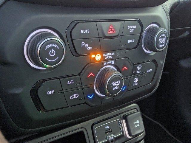 Renegade 1.8 longitude 16v flex 4p automático