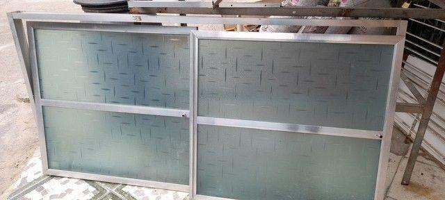 Portas de Alumínio + Acrílico - Foto 3