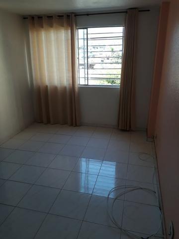 Madureira, rua Ibia apto salão 02 quartos elevador e garagem