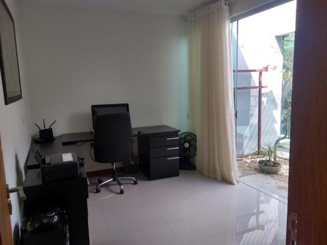Allmeida vende casa de alto padrão no Condomínio Mansões Entre Lagos - Foto 8