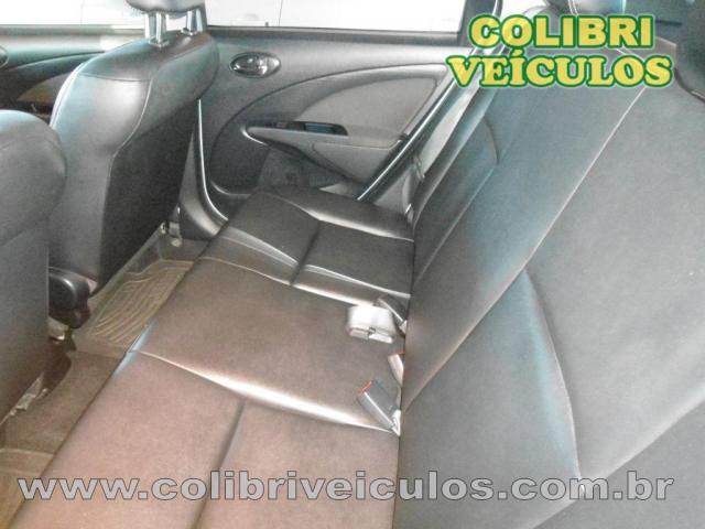 ETIOS XLS Sedan 1.5 Flex 16V 4p Mec. - Foto 9